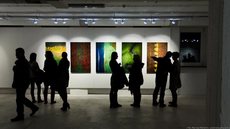 """Wystawa """"Efekty uboczne"""", Kacper Kowalski"""